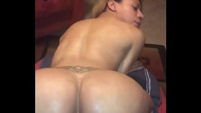 ts natalia la potra showin her large ass amateur shemale