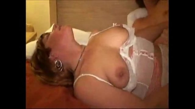 amateur jumper wife take anal wishing very mu amateur anal