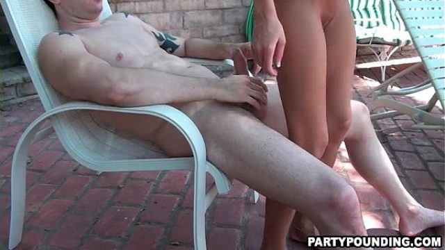 homemade ffmm group poking at the pool amateur orgy