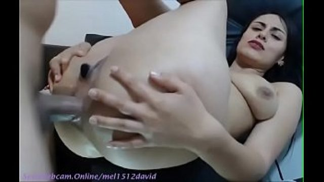 Amateur Anal anal poking many squirts to the delirium on cam