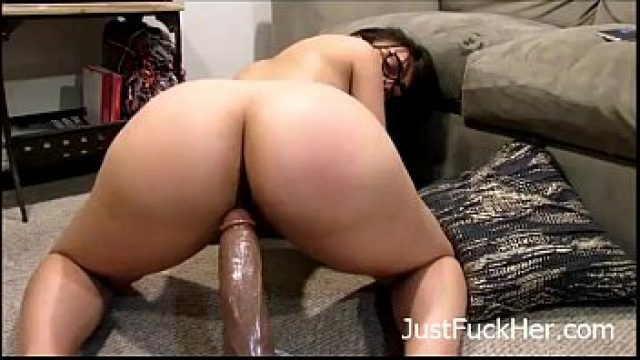 amateur bigass my slattern sex moves her tooth ass on